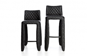 images/fabrics/MOOOI/chair/MONSTER BARSTOOL BARSTOOL LOW/1